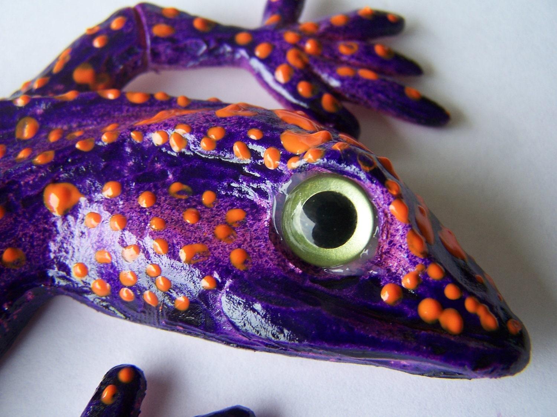 Purple Gecko Lizard Wall Hanging Sculpture