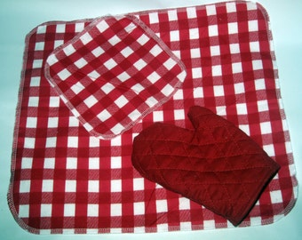 Last one!  Play kitchen accessory set.  Children's Mini Pot holder, washcloth and dishcloth.