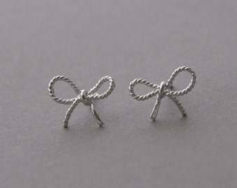 FORGET ME KNOT Bow Earrings - All in 925 sterling silver - White Gold Vermeil