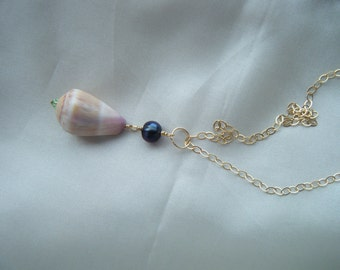 14K gold Shell Necklace