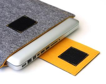 "MacBook 15"" Case, Apple Macbook Pro laptop Sleeve Case Cover - Gray & Mustard Weird.Old.Snail"