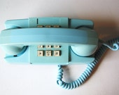 VINTAGE GTE Telephone Robin's Egg Blue Photography Prop Office Decor