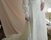 GORGEOUS Vintage 70s Lace Wedding Dress with Train RESERVED for Sachiyo