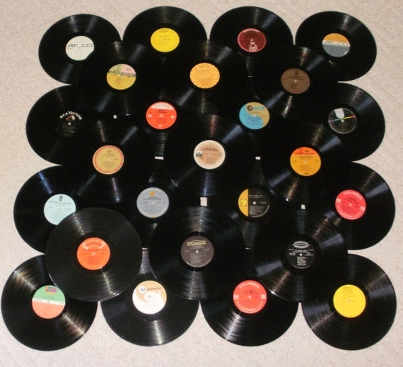 Custom Order for ILANA Lot of 25 Vinyl Record Albums for Decorating or Craft Projects - 33 1/3 rpm -    60A