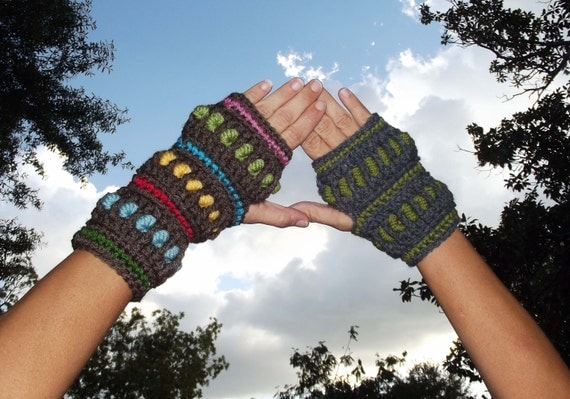 Bully Mitts - A Bullion Stitch Fingerless Glove Pattern PDF - With Permission to sell finished item