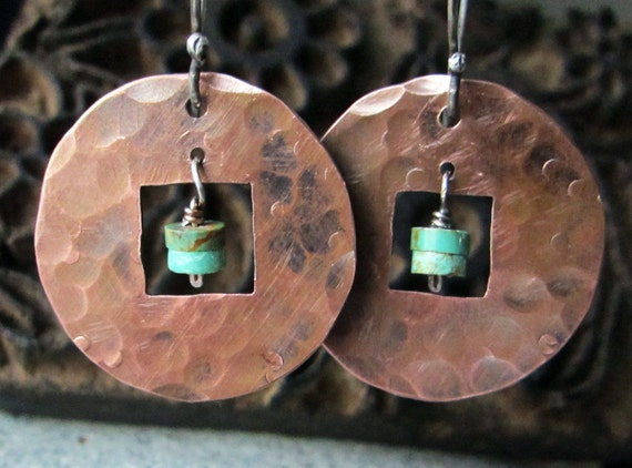 Rustic Copper Earrings with Turquoise - hammered texture - handmade