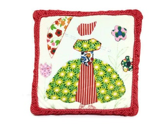 Vintage Patchwork Pillow Sun Bonnet Girl on Red Dots