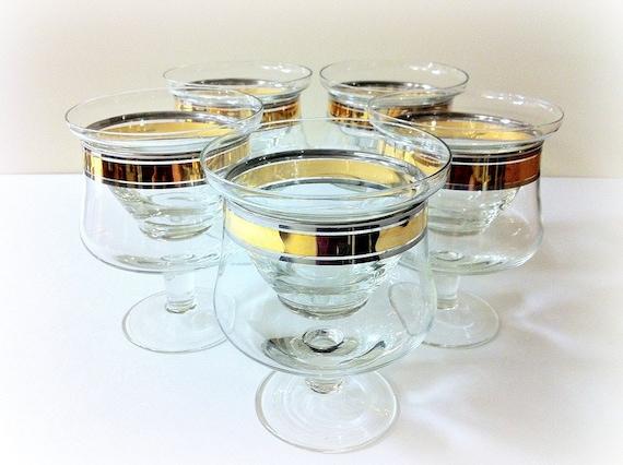 shrimp cocktail glasses with liners platinum and gold trim. Black Bedroom Furniture Sets. Home Design Ideas