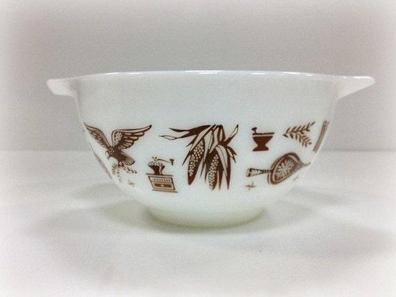 Vintage Pyrex Mixing Bowl Cinderella Early American