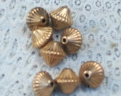 FLUTED copper Vintage 70's metalized bicone beads (6)