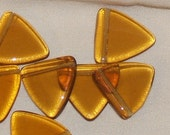 AMBER topaz 16mm triangle FLAG smooth vintage Czech Glass BEADS (6)