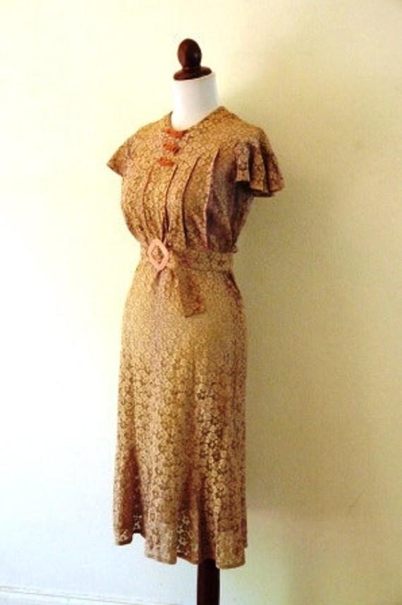 Vintage 1930s Pale Rose Lace Art Deco Dress