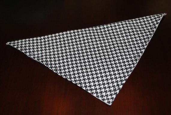 Black and White Houndstooth University of Alabama collar scarf bandana