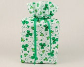 St. Patrick's Day Tissue Box Cover Shamrock Kleenex Box Cover Clover Leaf Tissue Box Holder Shamrocks Bathroom Accessories Bathroom Decor.