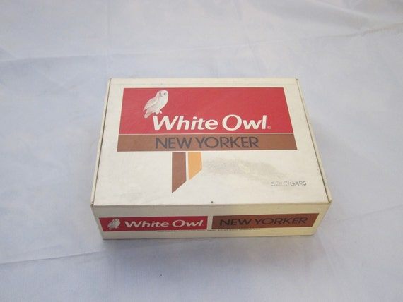 Vintage Tin for Cigars, Vintage Mid 1960's White Owl New Yorker Cigar Box