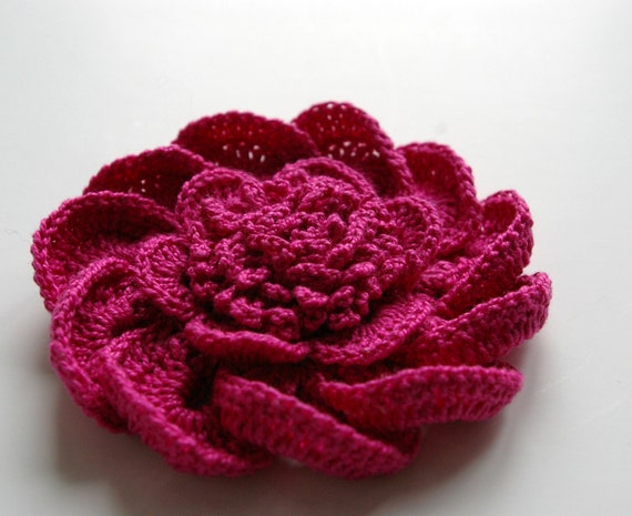 SALE / 20 % OFF / crochet flower pink DAHLIA / brooch by ...