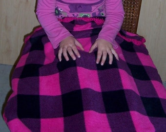 Hot Pink & Black Fleece Baby/Toddler Blanket with Crocheted Edge