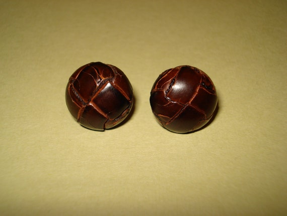Funky Vintage Leather Button Earrings- A Gentle-lady's Find, leather jewelry, vintage jewelry
