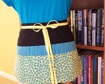 Womens Half apron, 6 pocket Vender/Teacher Apron,