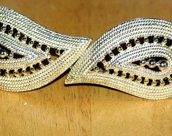 Vintage Black Mimi di N Belt. Gold Buckle,Paisley