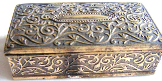 Vintage Trinket Box/Jewelry/Snuff Box, Made in Japan. Mother's Day. FREE Shipping