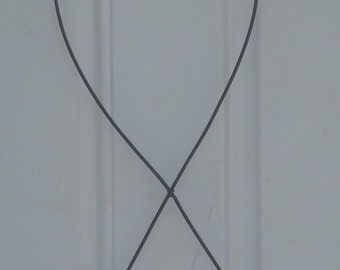 Wire Form Cancer Ribbon