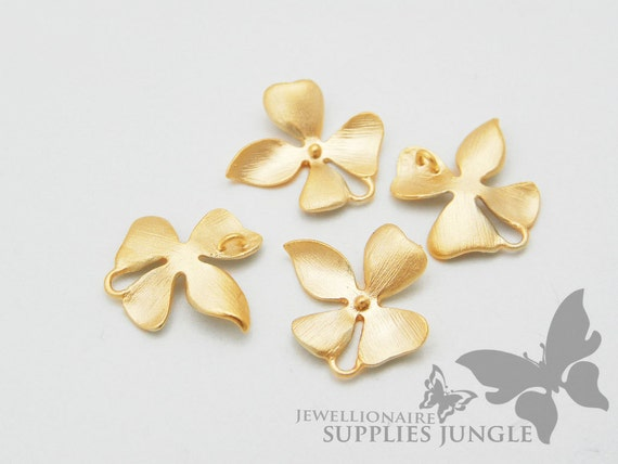 P016-02-MG// Matte 14K Gold Plated Flower Second Smallest Connector, 4pcs