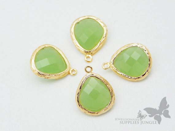 F100-G-LG// Gold Framed Light Green Faceted Glass Stone Pendant, 2 pcs