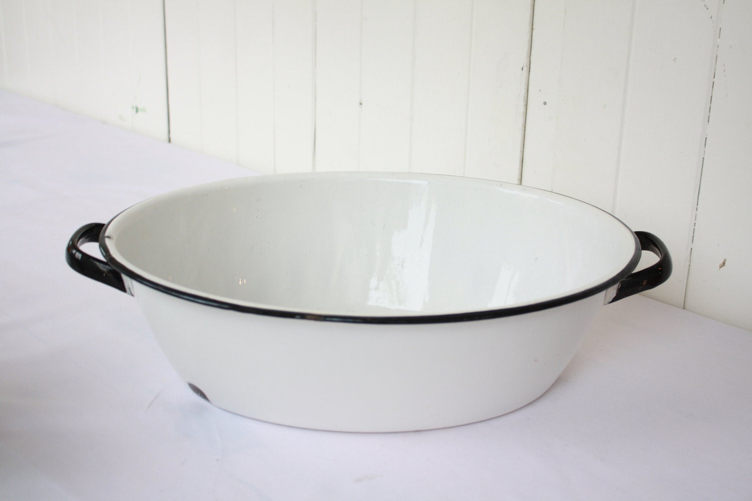 White Enamel Basin Tub With Black Trim Vintage