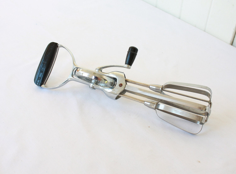 Old Hand Mixer ~ Vintage egg beater ekco hand mixer black bakelite handle s