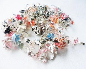 huge destash junk lot of rings metal and plastic adjustable  for repair assemblage supplies junk jewelry  lot 550