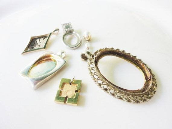 lot recycled and salvaged assortment of blank cabochones settings silver and gold lot 89