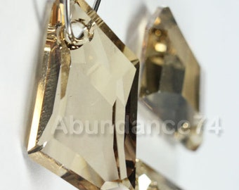 2 pcs Swarovski Crystal 6670 18mm De-Art Pendant - GOLDEN SHADOW