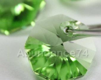 12pcs Swarovski Elements - Swarovski Crystal Pendant 6401 8mm Octagon Pendant - Peridot
