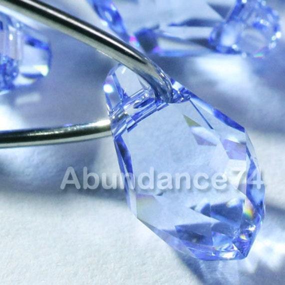 12pcs Swarovski Elements - Swarovski Crystal Pendants 6007 7mm Small Briolette - Light Sapphire