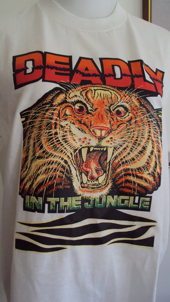 """Vintage TIGER """"Deadly In The Jungle"""" Loud Statement T-Shirt, Size L"""