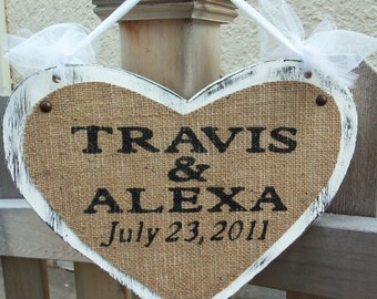 Custom Name Sign, WEDDING SIGN HEART, Personalized Wedding date Names, Primitive, Rustic heart