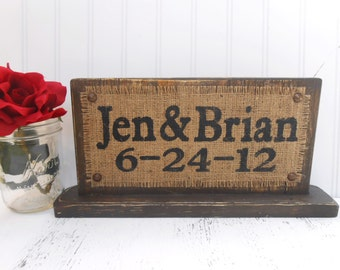 Custom Wedding Sign, table top personalized, Wedding date, Decoration, rustic wedd