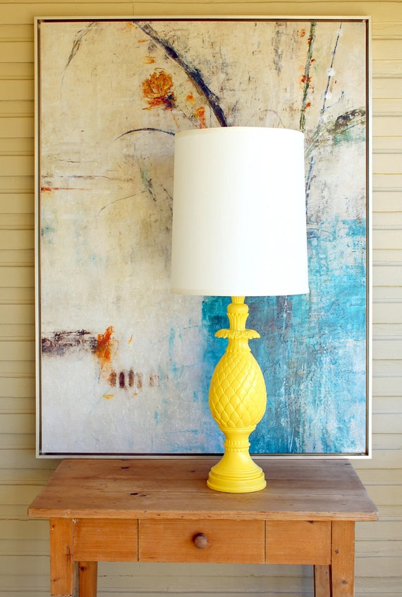 TALL, Yellow Hollywood Regency, Mid Century Modern PINEAPPLE Lamp.