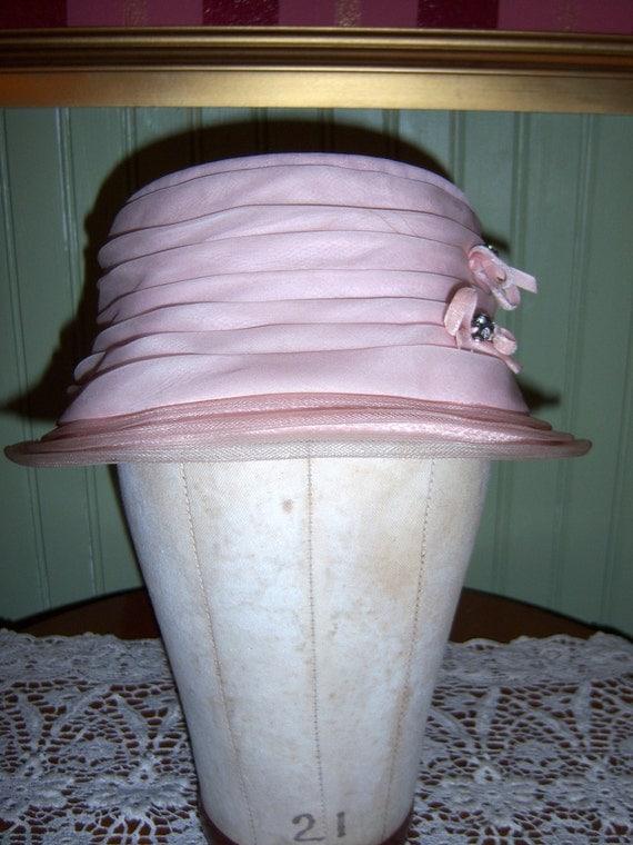 Vintage 1960s Pale Pink Ruched Hat with Velvet Bows Gems