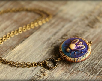Bee Mood Necklace