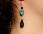 Simple but Unique Turquoise & Onyx earrings