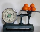 Antique Countertop Scale, Kitchen Scale.