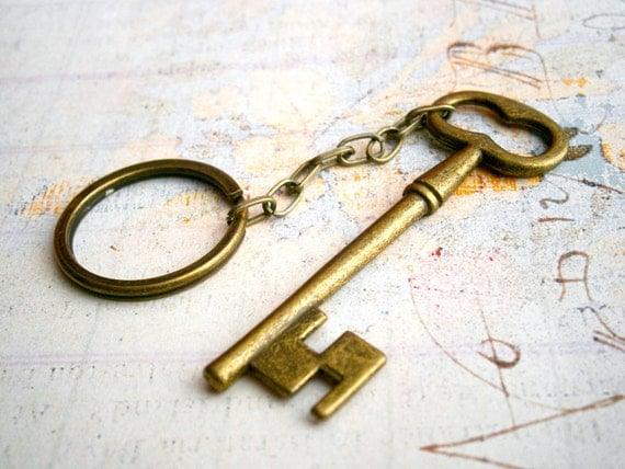 Vintage skeleton key keychain beautiful and romantic antique brass Key to my heart Valentine's day