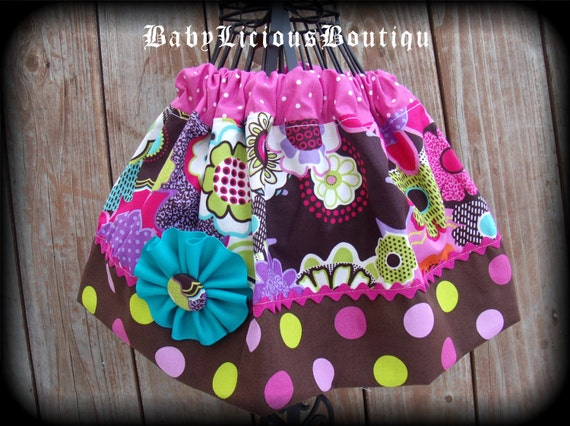 Girls Twirl Skirt Custom..Color Boom..Available in 0-12 months, 1/2, 3/4, 5/6, 7/8, 9/10 Bigger Sizes Available