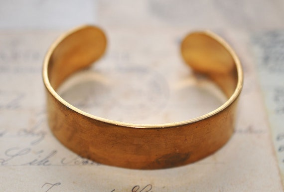 Vintage skinny adjustable brass cuff