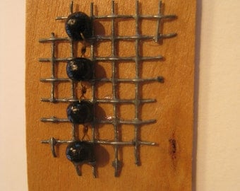 JR203 wood and bead pin