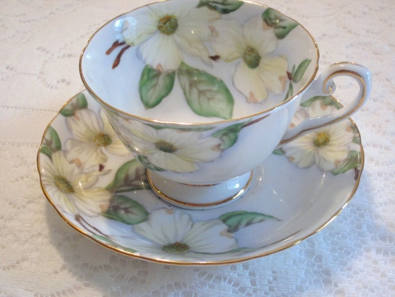 Vintage Tuscan Teacup and Saucer in Dogwood pattern Tuscan Fine English Bone China White Dogwood Flower Tea Cup