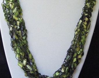 Ivy Garden Ladder Yarn Necklace