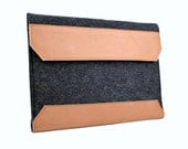 iPad   Case/Sleeve (Shaughnessy) - Anthracite Wool Felt with Tan Brown Leather